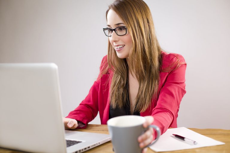 5 Best Productivity Hacks for Successful Career Women